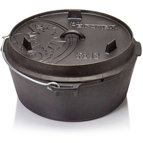 Petromax Dutch Oven 12qt with a Plane Bottom Surface black